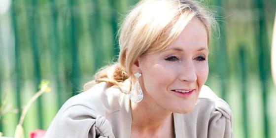 Tras su breve contacto con Bitcoin, J.K. Rowling solo quiere una capa de invisibilidad
