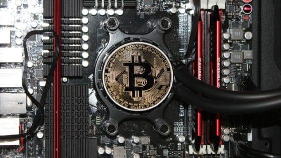 Hash rate de Bitcoin se reduce más de 16% luego del halving