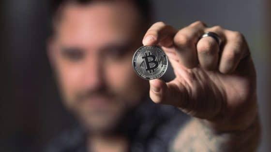 Mineros de Bitcoin y la antigua lucha por conquistar el poder