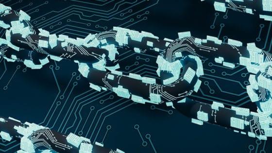 Blockchain empresarial de IBM ofrecerá opciones de contratos inteligentes descentralizados