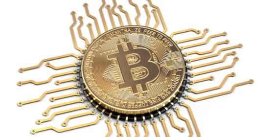 Ajuste de dificultad tras el halving de Bitcoin llega con altas comisiones por transacción
