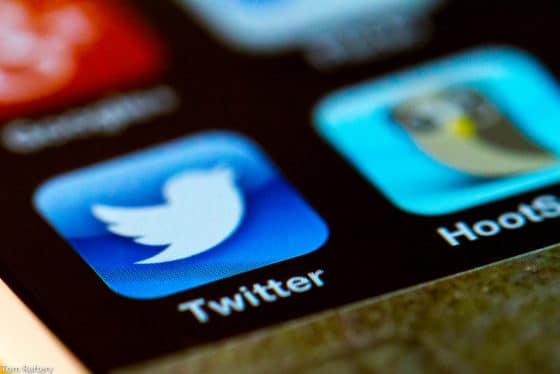 USD 10.000 en bitcoin por desarrollar aplicación que exporte seguidores de Twitter