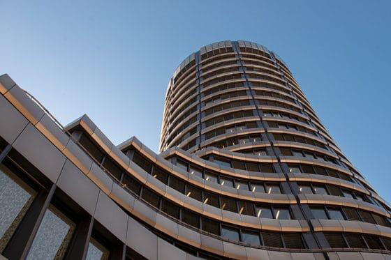 BIS insta a bancos centrales a crear sus propios bitcoin para enfrentar efectos del COVID