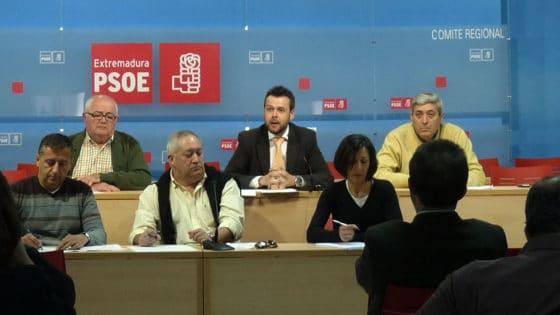 Partido español reformula su propuesta de eliminar el dinero en efectivo