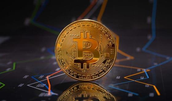 Coronavirus pone a bitcoin y al índice S&P a caminar en la misma dirección