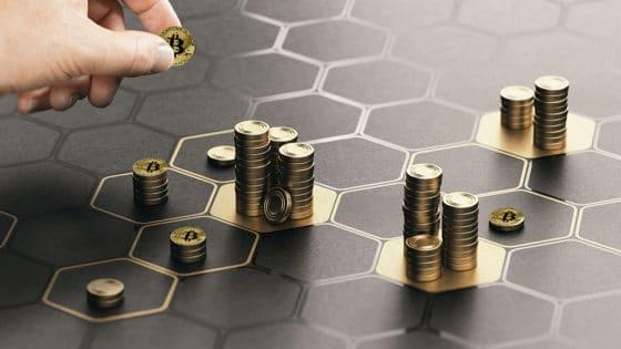 Todos debieran invertir en bitcoin de 2% a 3% de sus activos, dice Mike Novogratz