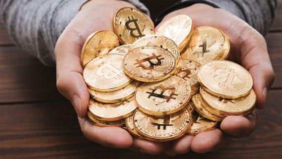 Mercados al día: bitcoin cierra año histórico apuntando a los 30.000 dólares