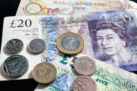 Exgobernador del Banco de Inglaterra: se avecina una crisis de endeudamiento global