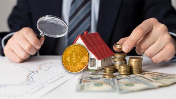 Qué beneficios tiene la inclusión de bitcoin en portafolios de inversión tradicionales