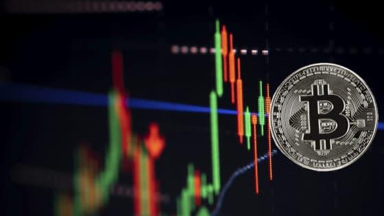 Valor de mercado de bitcoin es la mitad que el de la plata