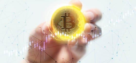 Mercados al día: bitcoin registra repunte a pesar de cerrar abril en rojo