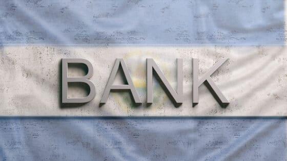 Bancos de El Salvador aplauden la Ley Bitcoin, pero seguirán con el dólar