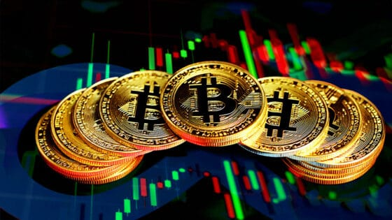 Mercados al día: inminente repunte alcista de bitcoin prevén analistas